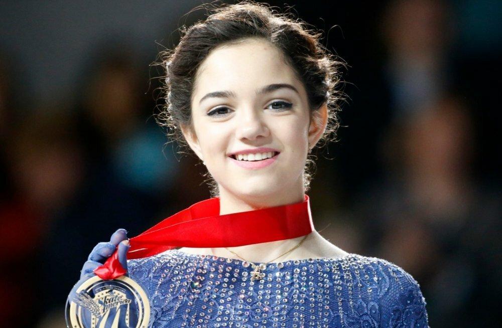 Евгения Медведева: «Иногда на соревнованиях приходится делать вид, что выходишь на лед с абсолютным хладнокровием, хотя это не так»